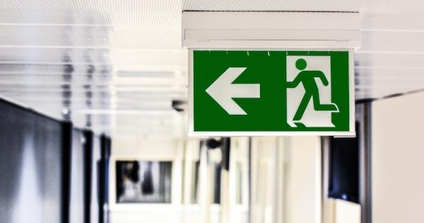 Wayfinding exit sign