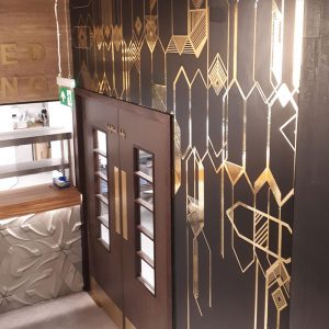 gold vinyl wall pattern